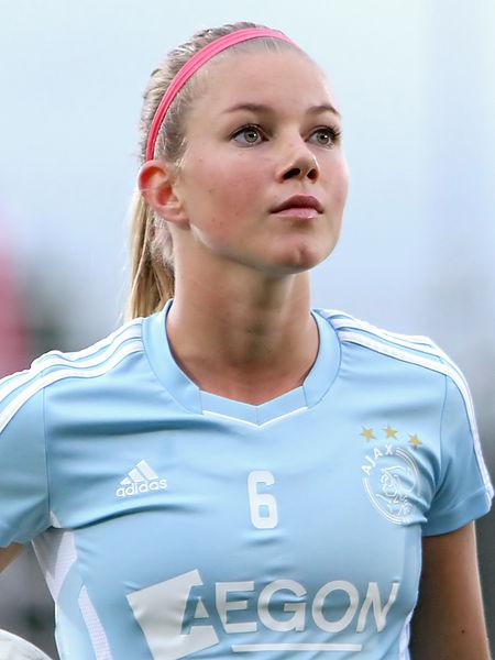 New Arsenal Ladies signing Anouk Hoogendijk