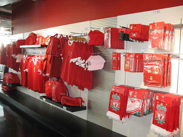 The best Liverpool jokes after the Luis Suárez bite against Italy at Brazil 2014 will not be told in this club shop