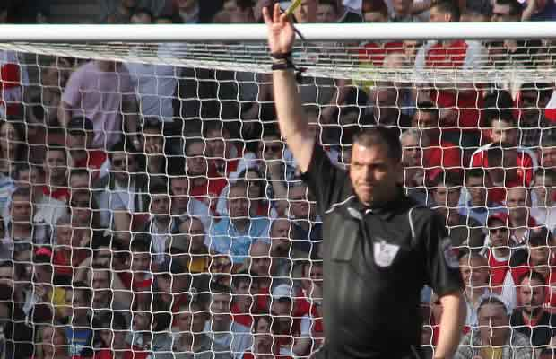 Phil Dowd jokes were made at the referee's expense by angry fans  during Manchester United 1-1 Chelsea
