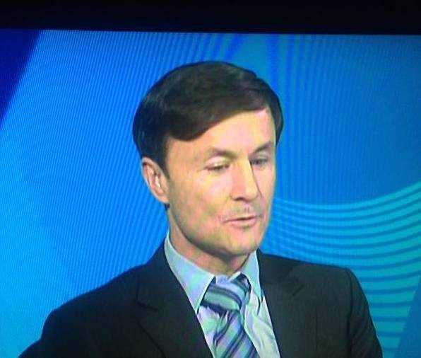 Dennis Wise, model of one of our top 5 unintentionally funny pundit get-ups