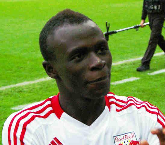 Man Utd Mané interest sparks spate of Twitter wisecracking