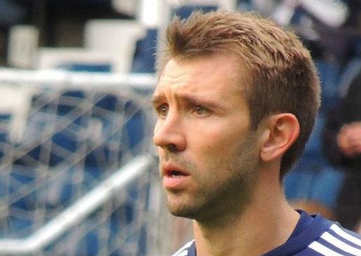 Gareth McAuley is one of the Fantasy Premier League bargain defenders