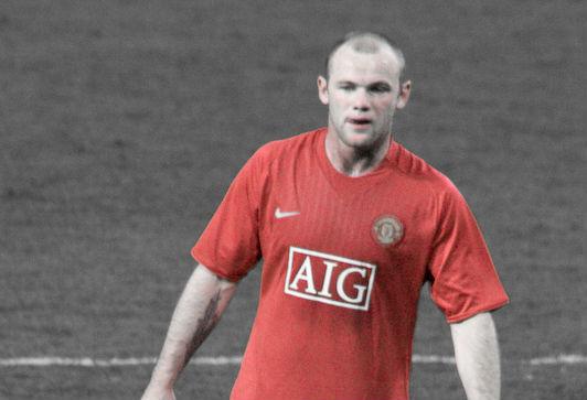 Wayne Rooney thinks he's Pirlo