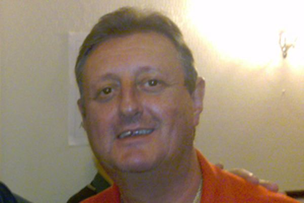 Eric Bristow tweets thoughts on football sex abuse scandal, lots of jokes ensue