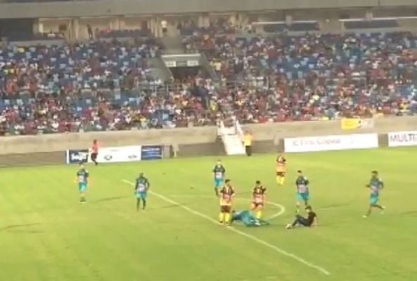 Pitch invader tackles Gabriel Jesus in Brazilian charity match