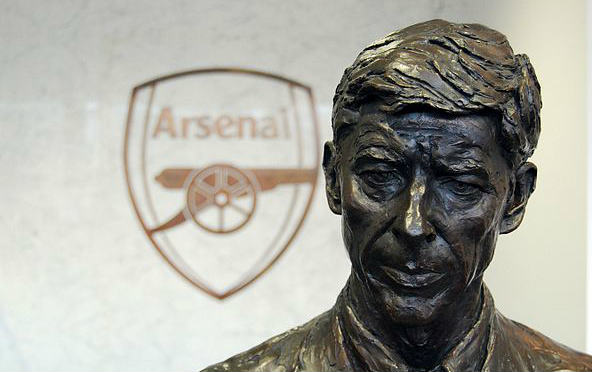 This Arsène Wenger statue didn't see the push on Jon Moss either