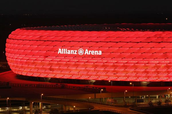 There were jokes as Bayern Munich beat Arsenal 5-1 in the Champions League round of sixteen first leg at the Allianz Arena