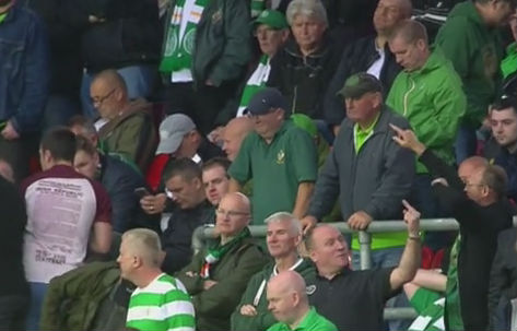 Celtic fan gives everyone finger at Rosenborg