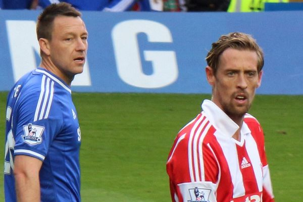 Chelsea are rumoured to be targeting Peter Crouch and we collected the best jokes