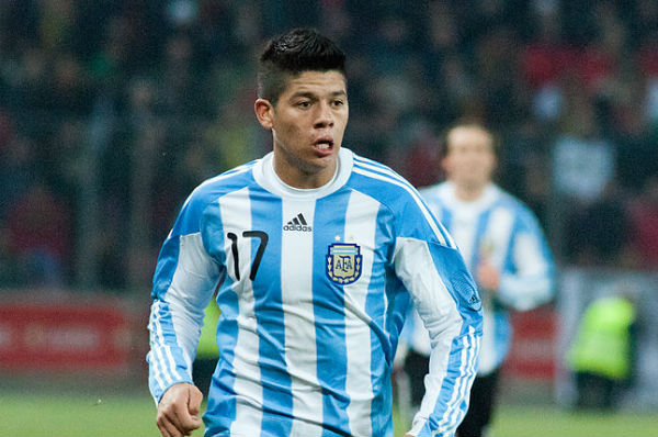 Having scored the winner, Marcos Rojo will enjoy these tweets and jokes from Nigeria 1-2 Argentina