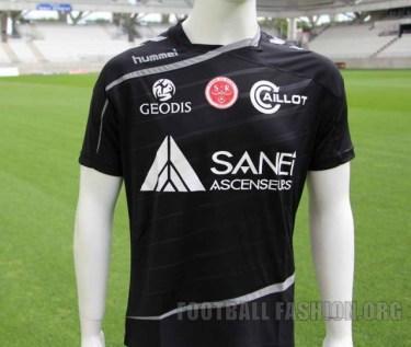 Stade de Reims 2015 2016 hummel Home and Away Football Kit, Soccer Jersey, Shirt, Maillot
