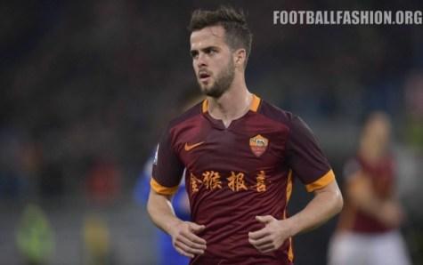 AS Roma 2016 Chinese New Year Home Football Kit, Soccer Jersey, Shirt, Maglia, Gara, Camiseta