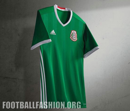 "b088068e9 Flashes of red appear on the inside and outside back collar while ""México""  is printed in a stylized font on the shirt s signoff area."