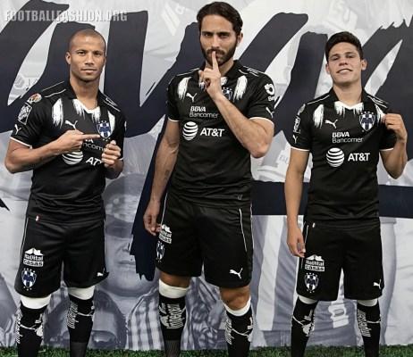 Rayados de Monterrey 2017 PUMA Third Football Kit 3e876fd945987