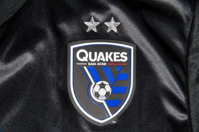 san-jose-earthquakes-2017-adidas-home-jersey (12)