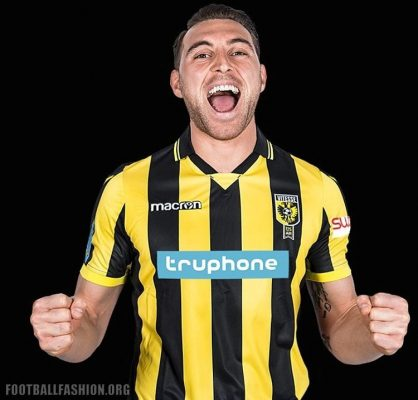 Vitesse 2017 2018 Macron Home Football Kit, Soccer Jersey, Shirt, Thuisshirt, Tenue