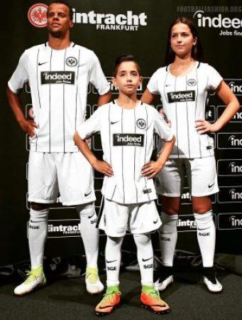 eintracht frankfurt 2017 18 nike home kit football. Black Bedroom Furniture Sets. Home Design Ideas