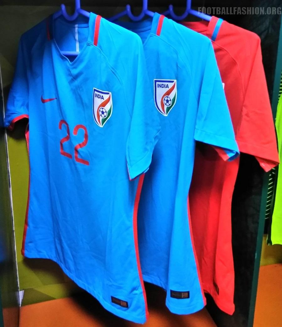 reputable site 1c5a3 b7434 Buy Football Shirts Online India   Lixnet AG