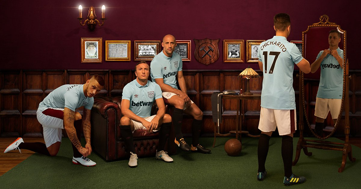 West Ham United 2017/18 Umbro Third Kit – FOOTBALL FASHION.ORG