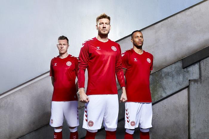 Denmark 2018 World Cup hummel Home and Away Football Kit, Soccer Jersey, Shirt, landsholdstrøje - hjemmebane, udebane
