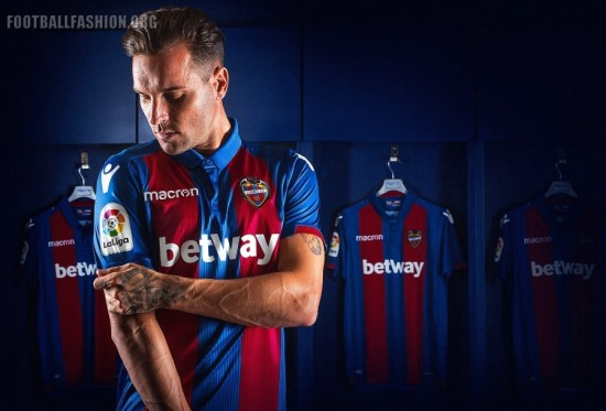 Levante UD 2018 2019 Macron Home Football Kit, Soccer Jersey, Shirt, Camiseta de Futbol, Camisa