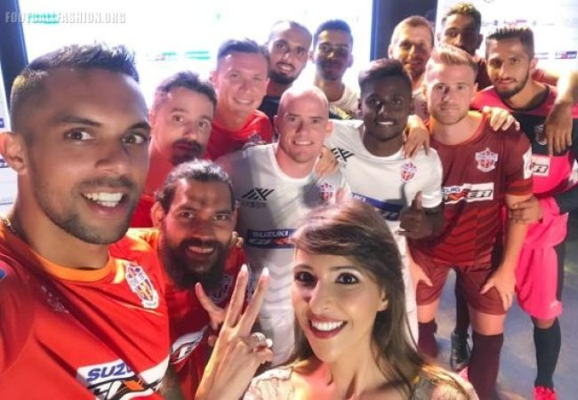FC Pune City 2018 2019 Home and Away Football Kit, Soccer Jersey, Shirt