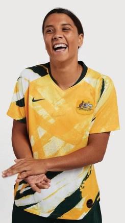 australia-2019-women's-world-cup-nike-kit (1)