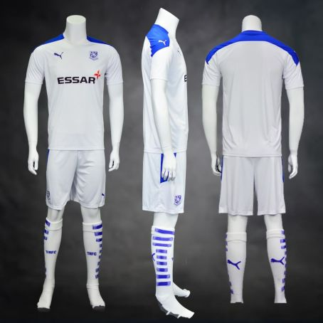 Tranmere Rovers Football Club 2020 2021 PUMA Home Football Kit, Soccer Jersey, Shirt