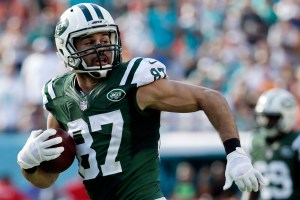 Eric Decker - AP Photo