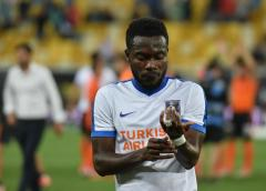VIDEO: Ghana midfielder Attamah Larweh makes timely donation to orphanages amidst Coronavirus outbreak
