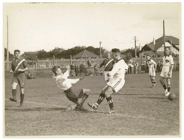 soccer 1920.jpg