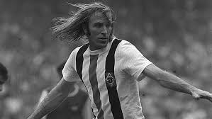 Gunter Netzer: The uncanny and the awe-inspiring
