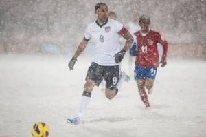 clint-dempsey-snow