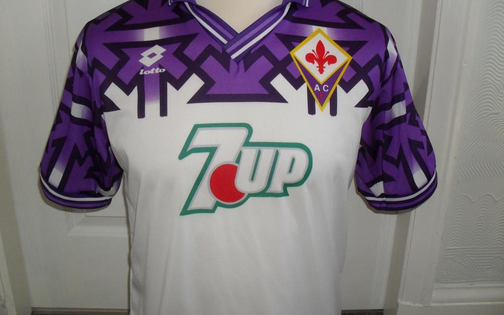 Kit of the Week No.38: Fiorentina away 1992-93