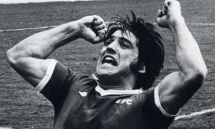 Everton legend Bob Latchford speaks to The Football Pink