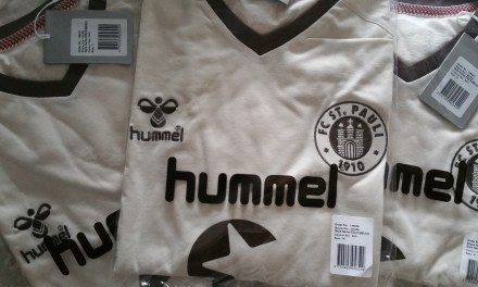 Review: The ST. PAULI 4TH JERSEY 2015
