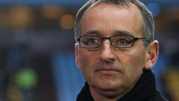 Former Chelsea, Everton, Tranmere and Scotland star Pat Nevin speaks to The Football Pink