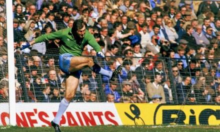 Season 78/79: Manchester City legend Joe Corrigan speaks to The Football Pink