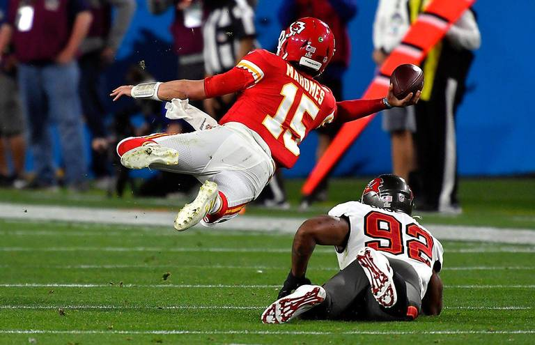 How Tampa Bay shut down Mahomes in Super Bowl LV