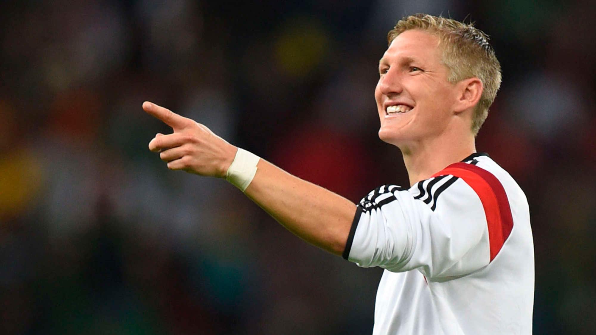 Первый из немецких футболистов кто сыграл больше ста матчей