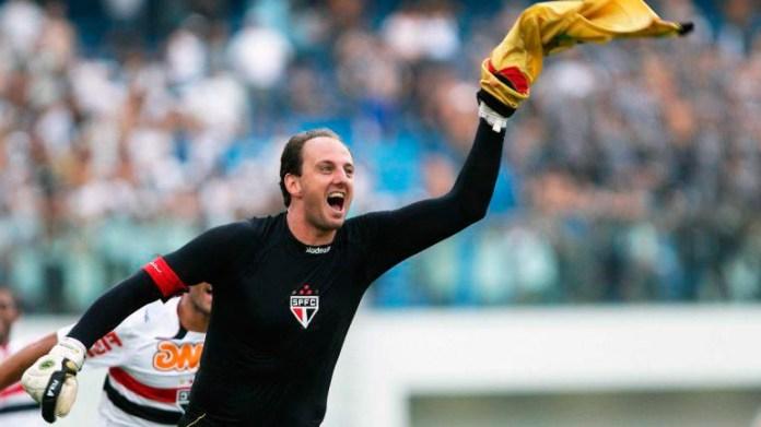 Рожерио Сени лучший вратарь бомбардир в футболе