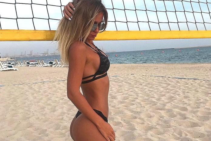 Жена Рассказова - Анастасия фото на пляже