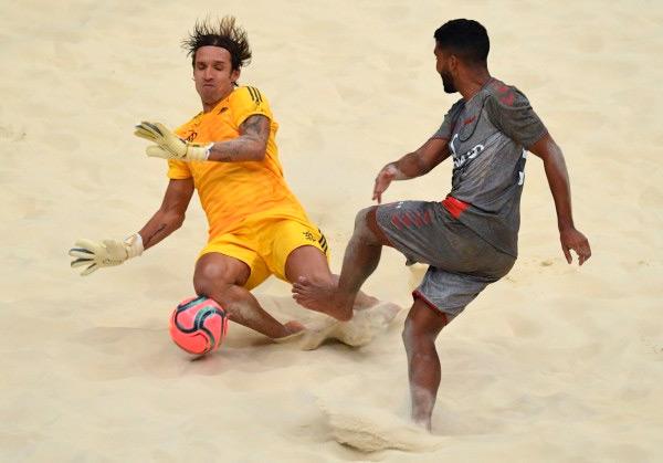 Правила футбола на пляже