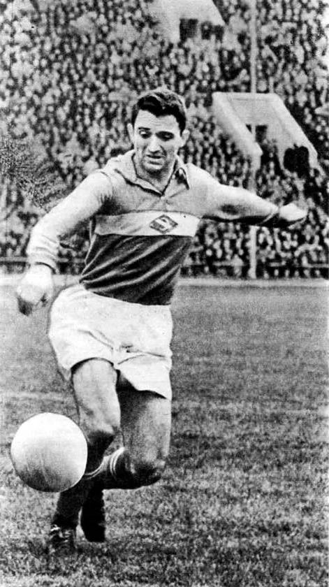 Никита Симонян легендарный советский нападающий
