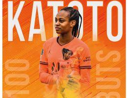 Marie-Antoinette Katoto a dépassé la barre des 100 buts avec le PSG.