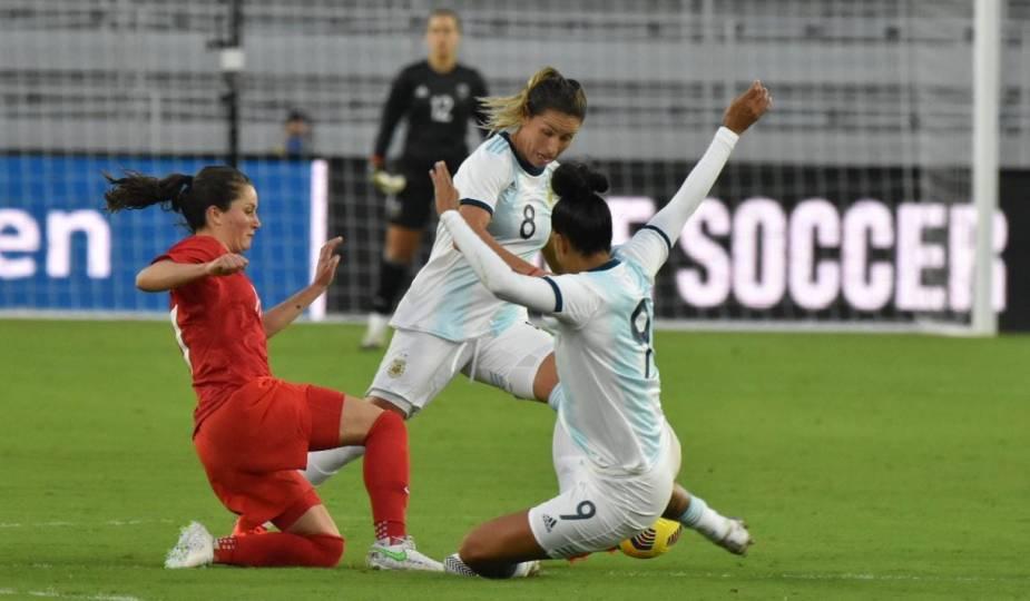 Le Canada a battu l'Argentine lors de la deuxième journée de Shebelieves Cup