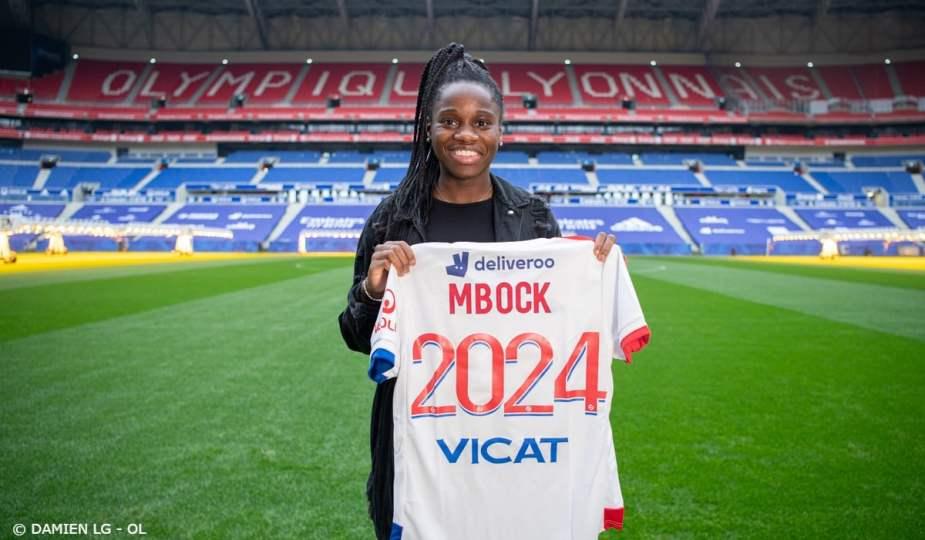 Griedge Mbock a prolongé son contrat avec l'OL jusqu'en 2024.