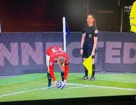 L'Iran a censuré Tottenham contre United à cause de la présence de Sian Massey-Ellis