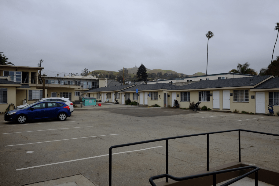 An outside view of the complex. Credit: Grayson McCoy / The Foothill Dragon Press