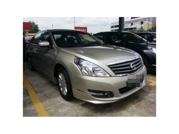 Nissan Teana 25 2013 Technical specifications Interior